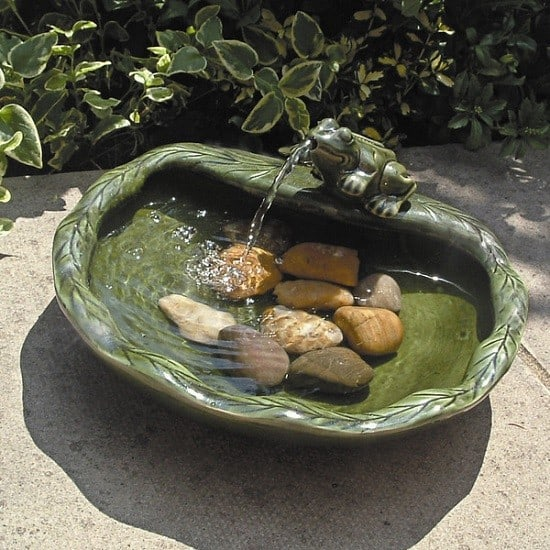 Solar Powered Water Fountain with Ceramic Frog