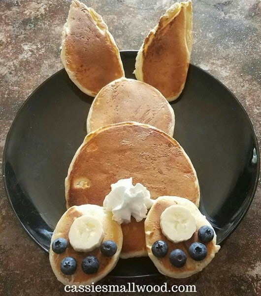 Bunny Butt Pancakes #pancakerecipes #easterbreakfastideas