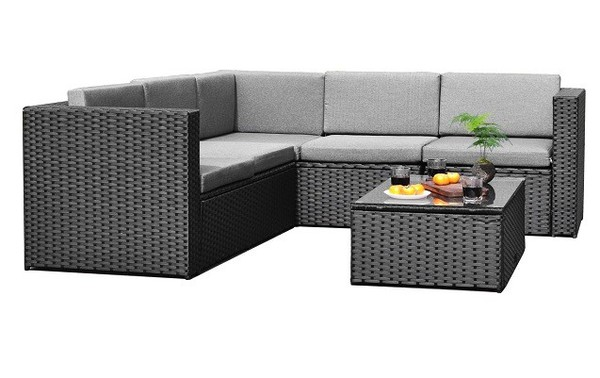 Outdoor Wicker Patio Furniture Sofa | 4 pc Outdoor patio set with coffee table #patiofurniture