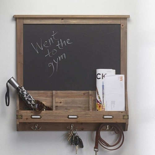 Rustic Wood Wall Organizer and Chalkboard #rustic #farmhouse