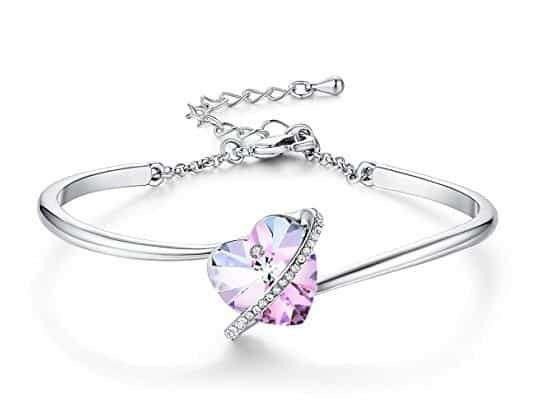 Swarovski Crystal Heart Bracelet with beautiful heart shaped Swarovski crystal